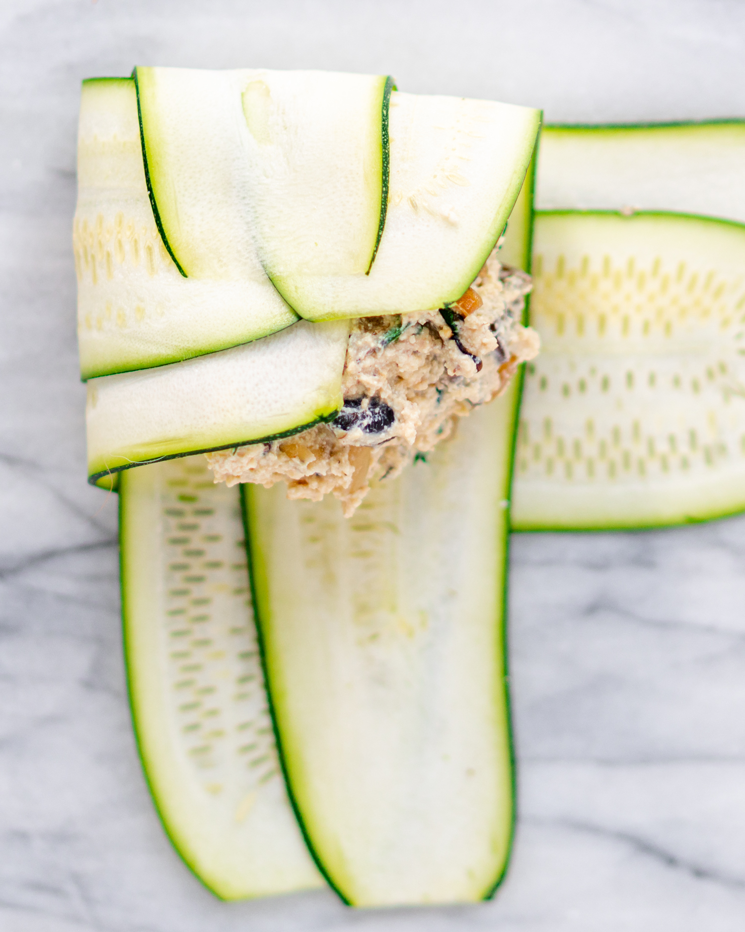 How to assemble zucchini ravioli
